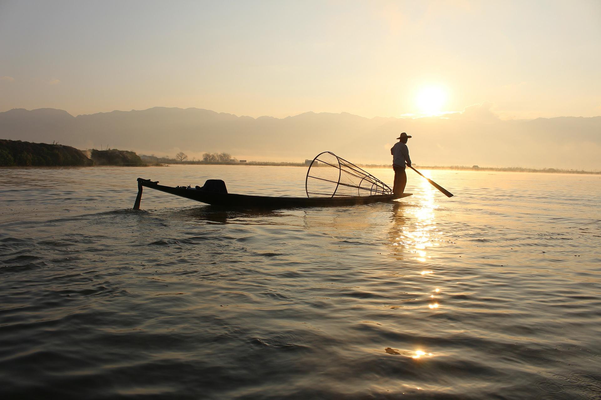 Découverte du Lac Inlé à Nyaungshwe et photos de pêcheurs