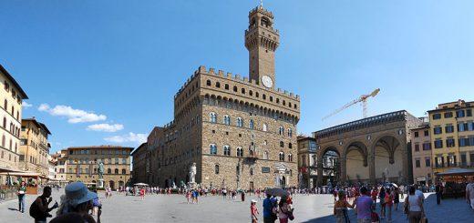 Piazza della Signoria Florence CC by sa Zolli