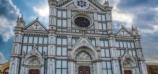 Visite de la basilique de Santa Croce à Florence, Italie